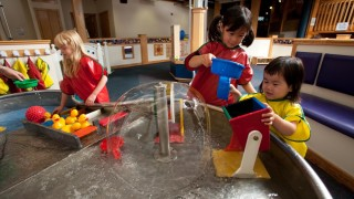 sciencenter_-_the_curiosity_corner_provides_open-ended_exploration_for_toddlers